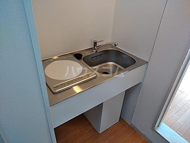 パレス竹越 205号室のキッチン