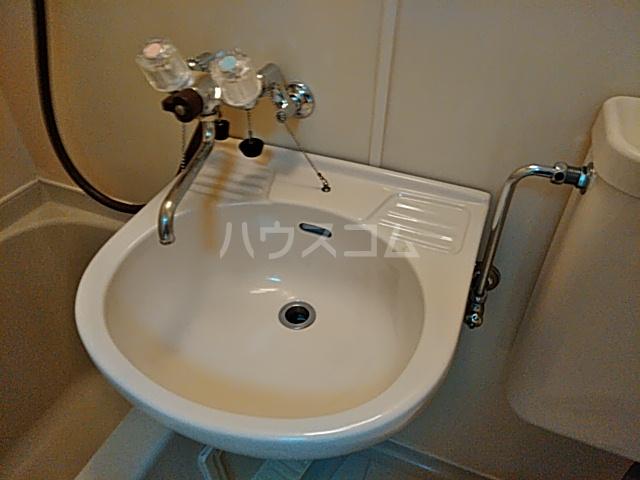 パレス竹越 205号室のトイレ