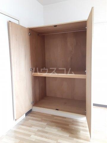 タークマンション 203号室の収納