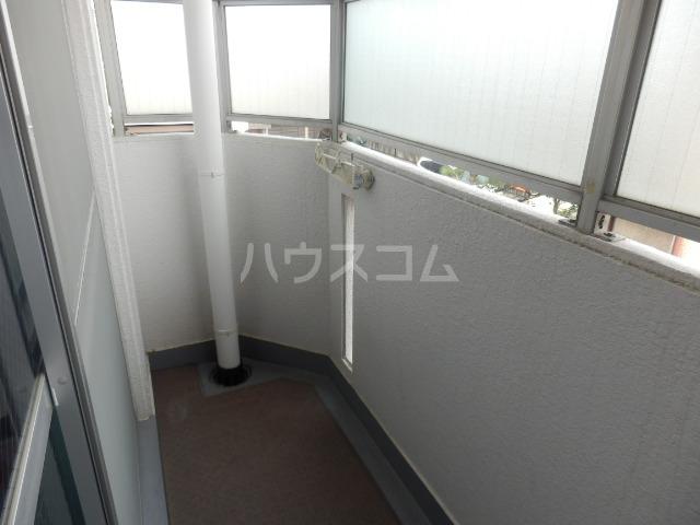 三鈴ハイム 201号室のバルコニー