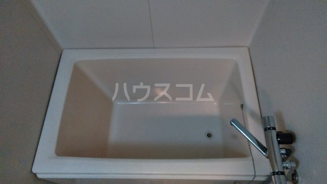 グランドヒルズ泰明町 102号室の風呂