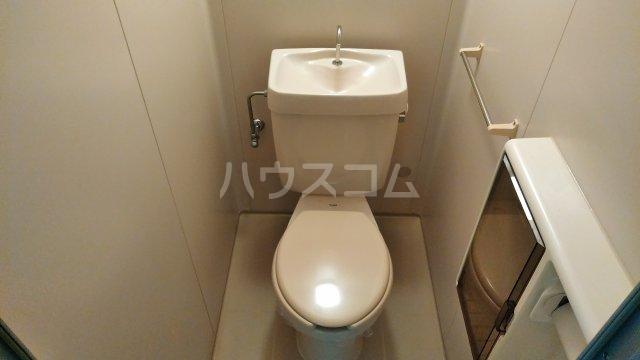 グランドヒルズ泰明町 102号室のトイレ