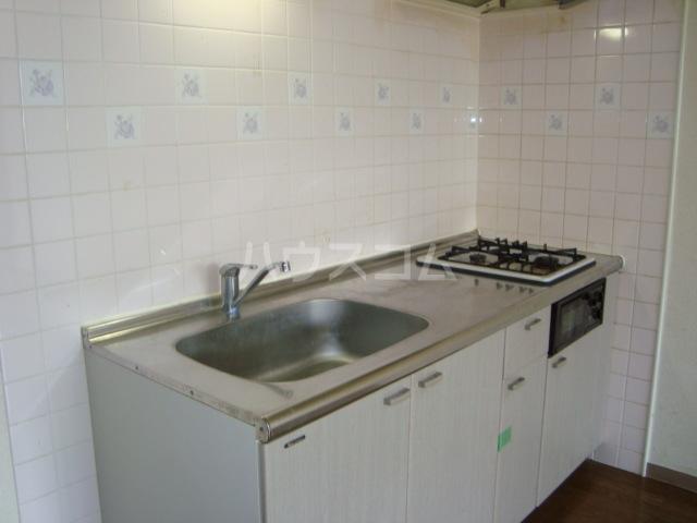 グローヴハイツおゆみ野 203号室のキッチン
