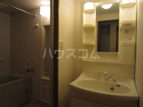 ソルトシティ浜松 608号室の洗面所