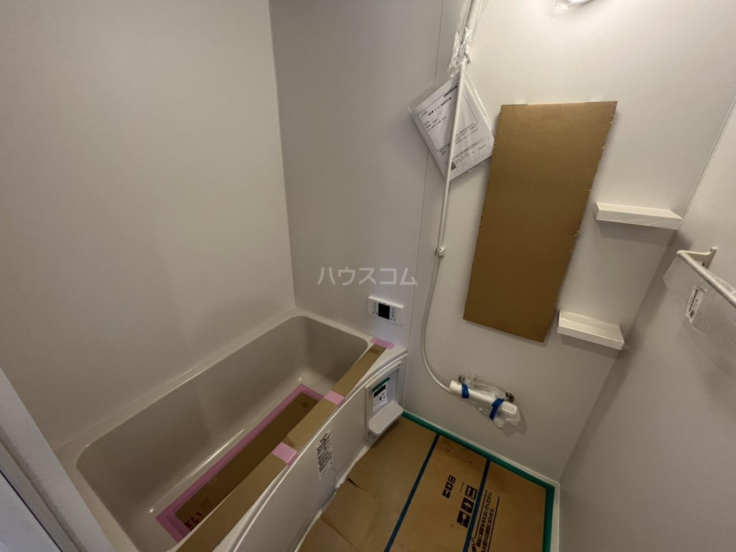 西川ハイツ 301号室の風呂