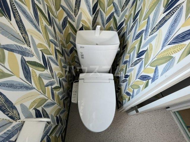 西川ハイツ 301号室の洗面所