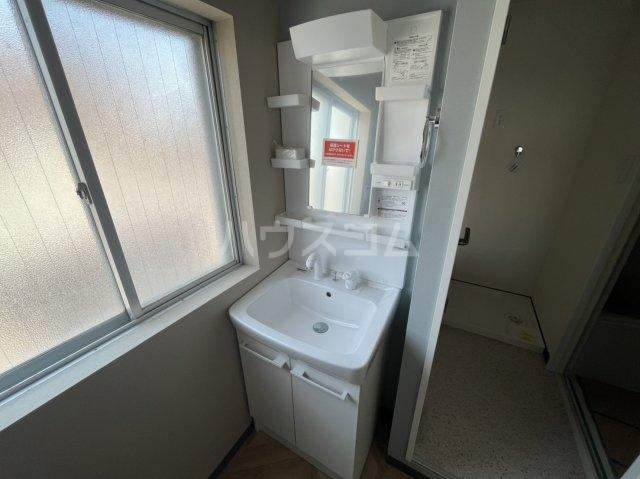 西川ハイツ 301号室のトイレ