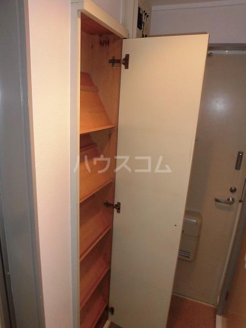 ルートヒルⅣ A6号室の収納