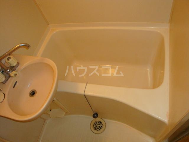 第2ホーメスト桜木 1C号室の風呂