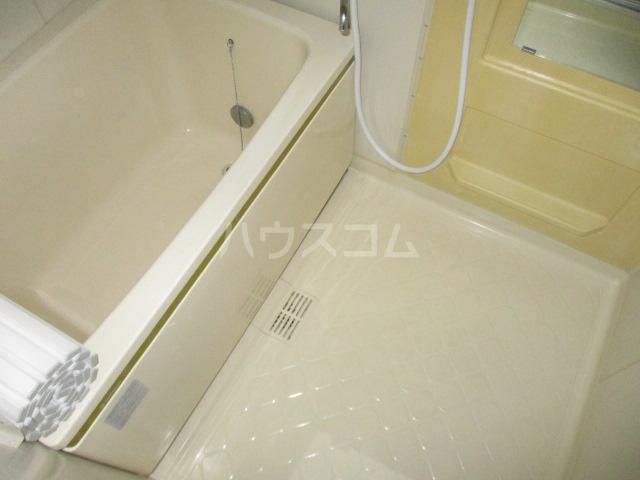 サンボナールA・B A-101号室の風呂