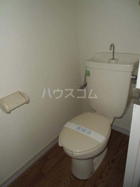 レジデンスライム 101号室のトイレ