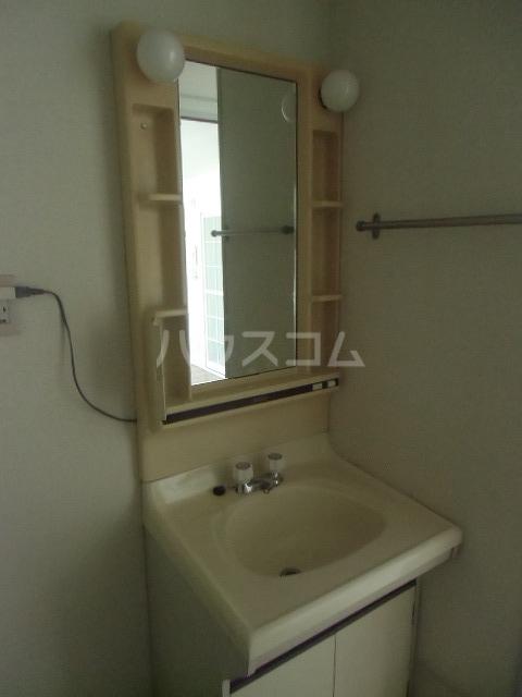 レジデンスライム 203号室の洗面所