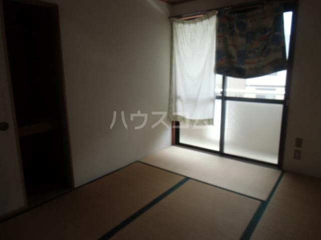 レジデンスライム 203号室の居室