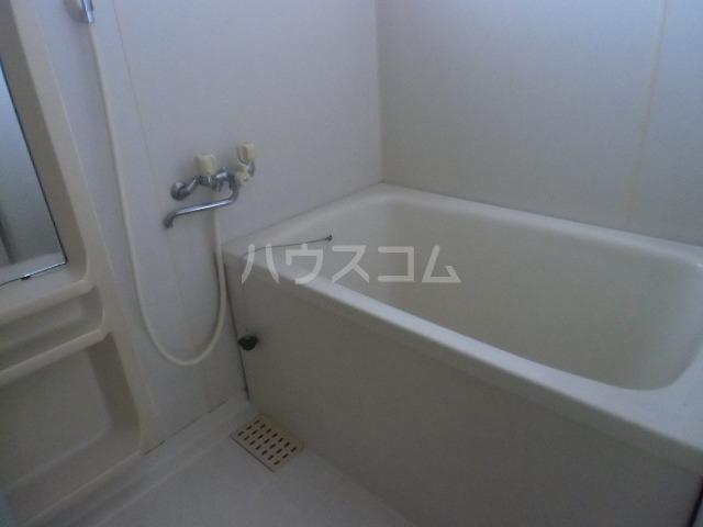 レジデンスライム 203号室の風呂