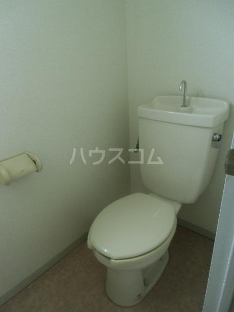 レジデンスライム 203号室のトイレ