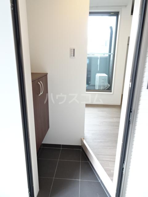 LE COCON東中島町 101号室の玄関