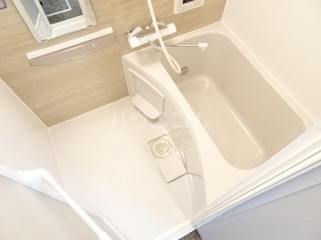 LE COCON東中島町 101号室の風呂