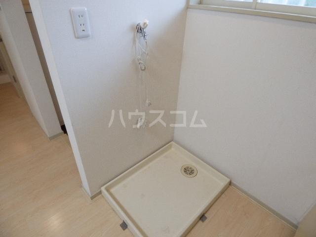 コロニアル実籾第1 102号室のキッチン