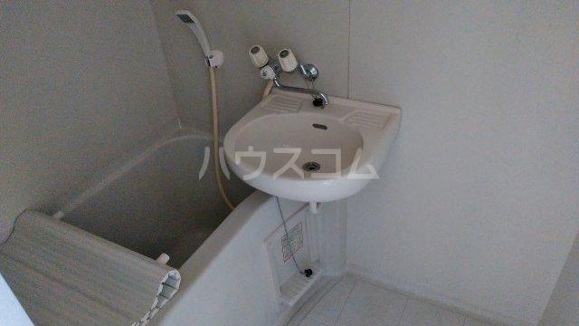 グレイスハイランズ 203号室の風呂