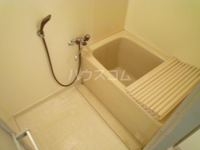 さくら館塩池 102号室の風呂