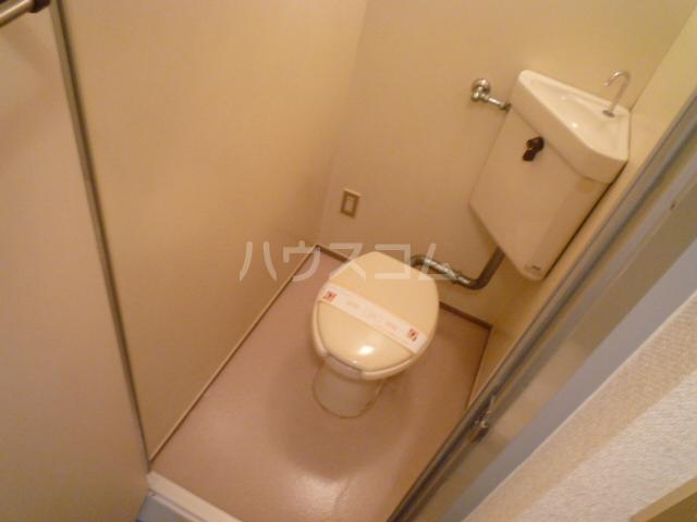 さくら館塩池 102号室のトイレ