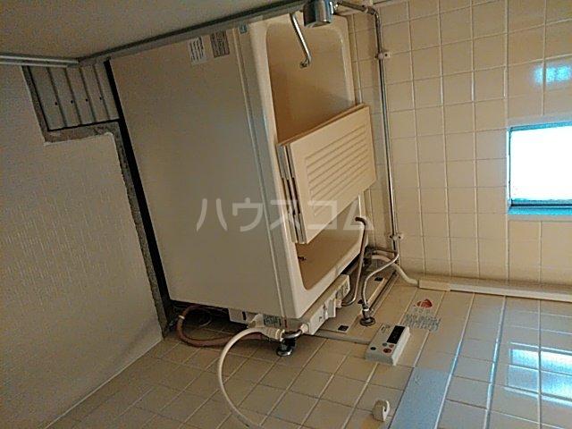 中駒九番団地 8号棟 1203号室の風呂