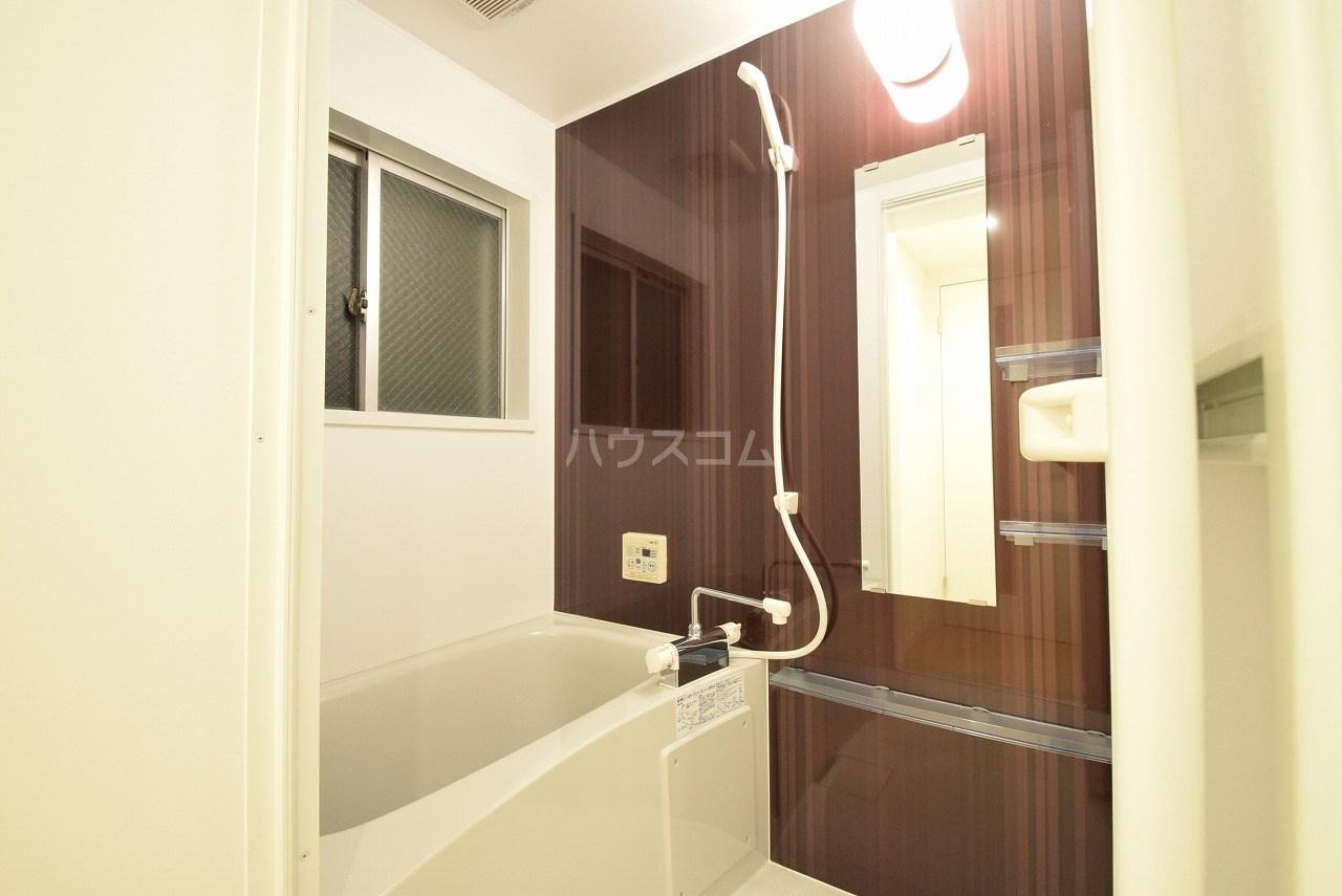 コーポ住吉 302号室の風呂