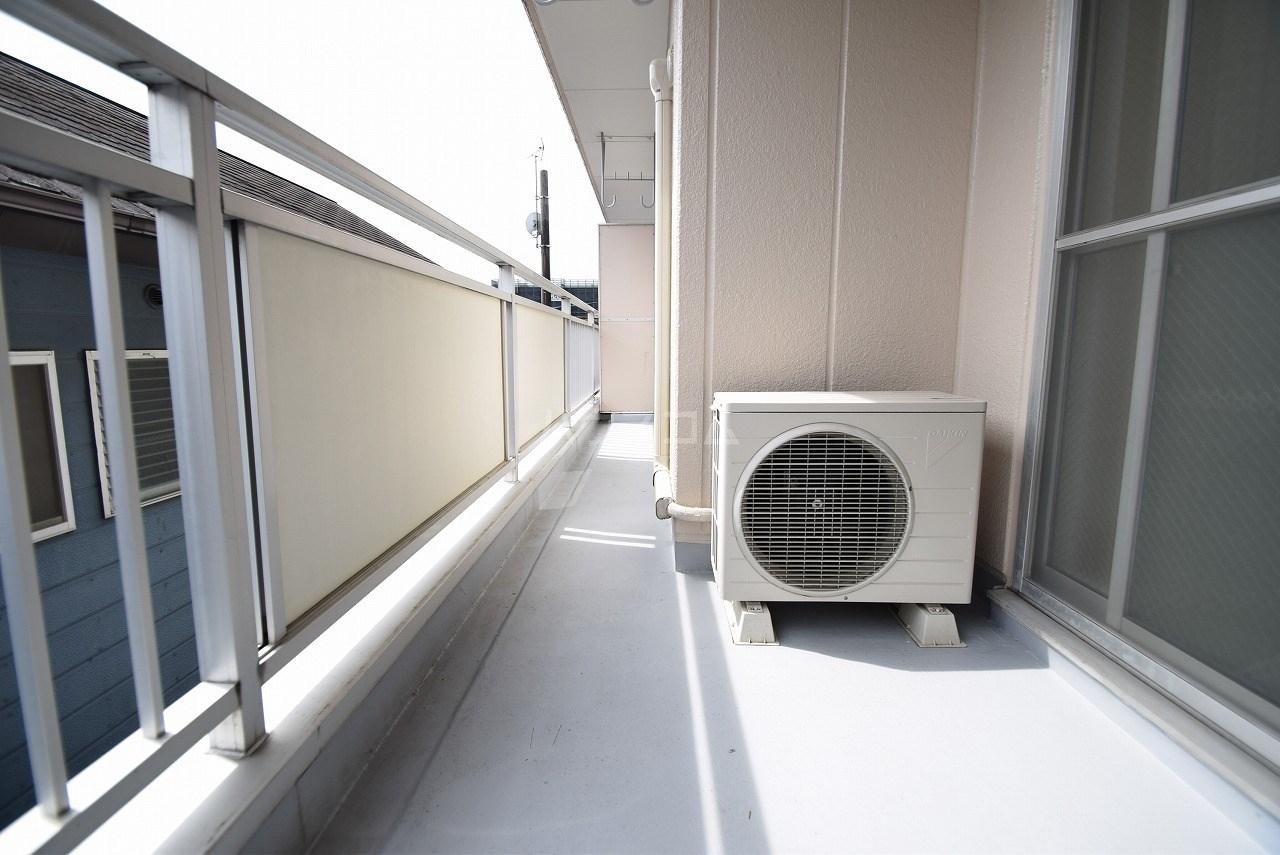 コーポ住吉 302号室の玄関