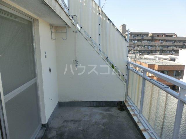 川島第二ビル 502号室のバルコニー