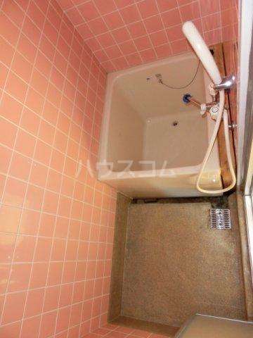 川島第二ビル 502号室の風呂
