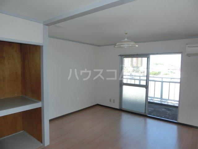 川島第二ビル 502号室のベッドルーム