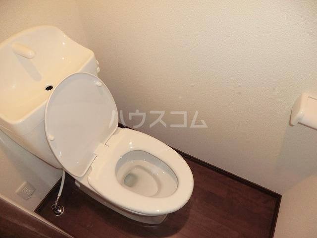 アンプルール リーブル オルメール 103号室のトイレ