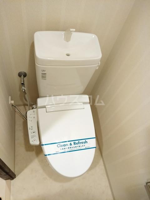 パークアクシス名駅南グランデ 402号室のトイレ