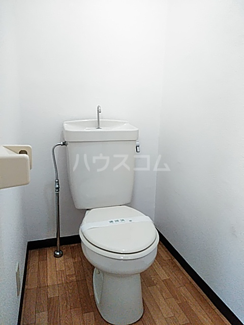 ハイツ天竜Ⅱ 302号室のトイレ