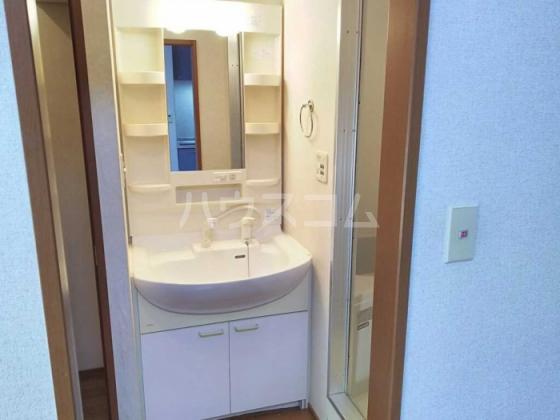 ひまわり 102号室の洗面所