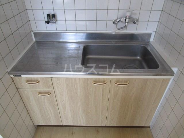グレイス第5マンション 210号室のキッチン
