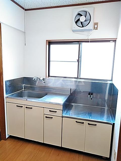サーラ北島 B 201号室のキッチン