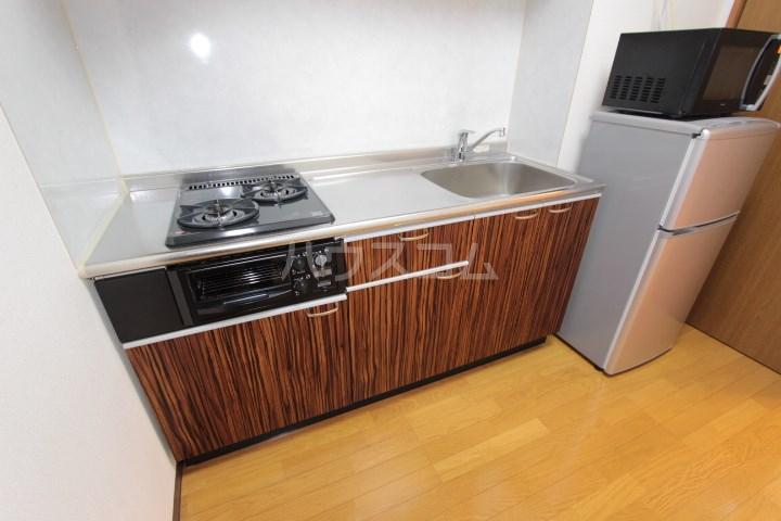 ソルトシティ浜松 305号室のキッチン