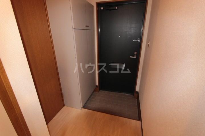 ソルトシティ浜松 305号室の玄関