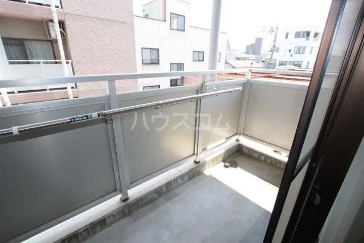 ソルトシティ浜松 305号室のバルコニー