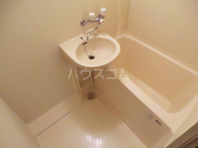 poko'sハウス 205号室の風呂