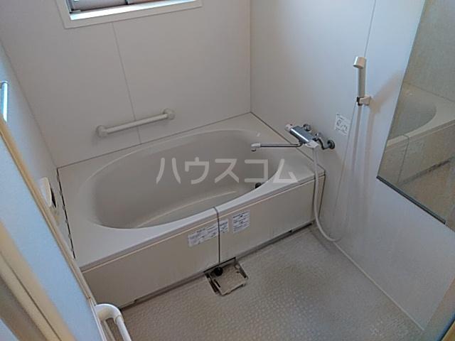 リンボックF 303号室の風呂