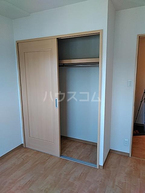 リンボックF 303号室の収納
