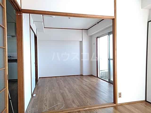弁天ビル 302号室のベッドルーム