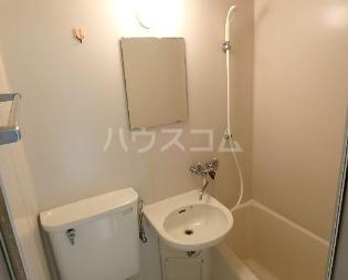 グリーンベルⅠ 22号室の洗面所
