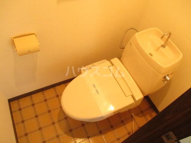 第3中村ハイツ 102号室のトイレ