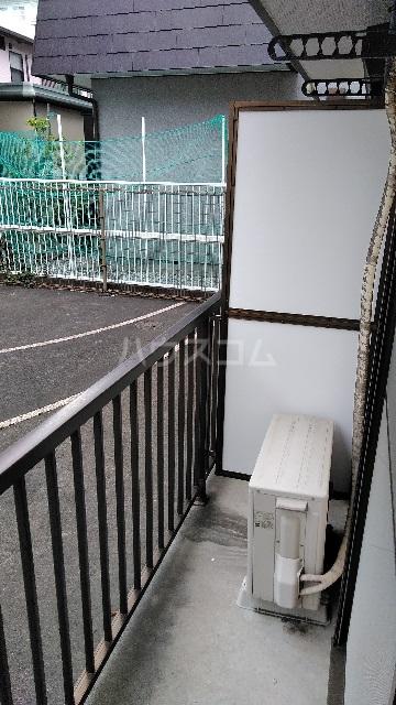 白山ハイツ 102号室のバルコニー