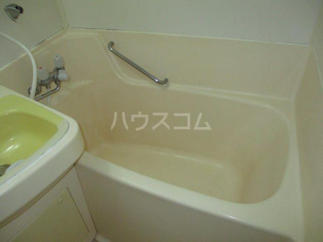 アビタ08 302号室の風呂