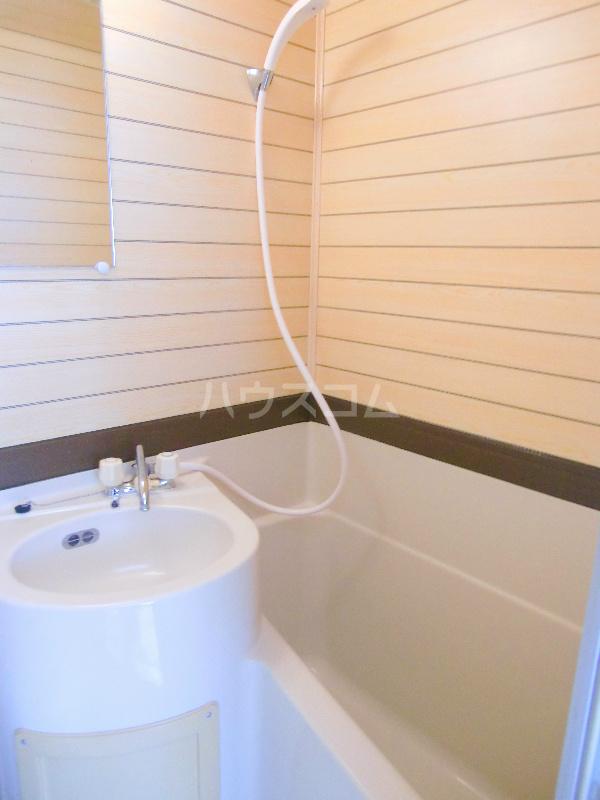 コーポミナミ 201号室の風呂