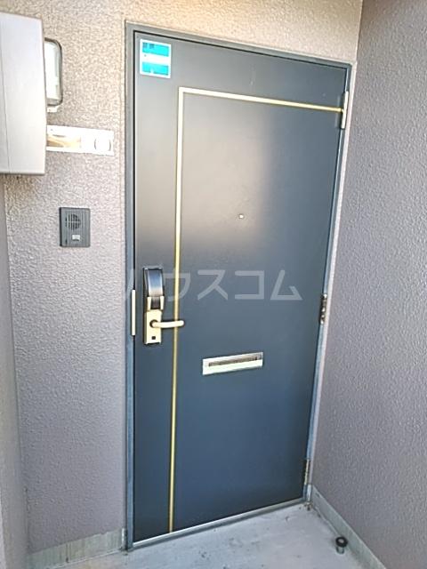 Bo Pierre K号室の玄関